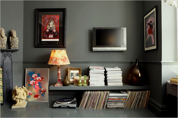 Decorating Ideas > A Girl's Guide To Decorating (Abigail Ahern)  Cupcakejunky ~ 192445_Dark Apartment Decorating Ideas