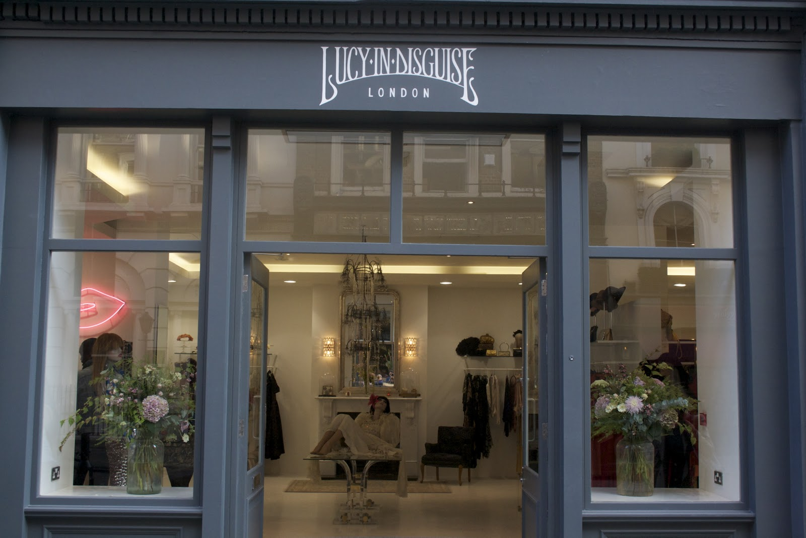 Glamorous Clothing Store Interior Design